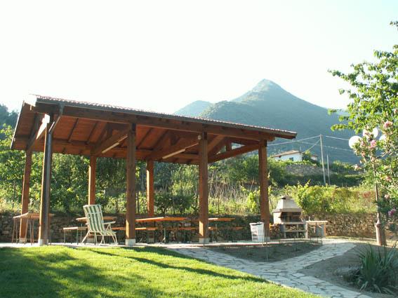 In evidenza – Aperto l'Ostello Alpi Liguri