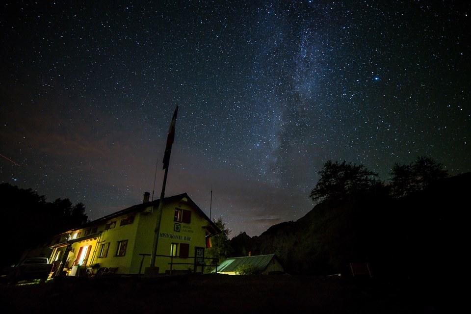 9 agosto – Passeggiata sotto le stelle al Rifugio Allavena
